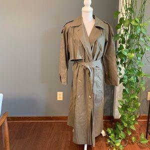 Anne Klein Floor Length Jacket~Size 8